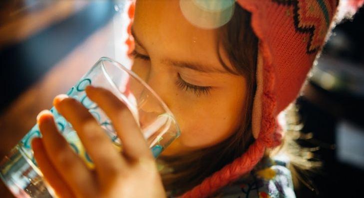 mantener agua potable almacenada